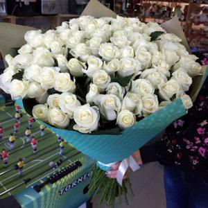 101 біла троянда у Львові фото