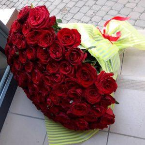 101 червона троянда у Львові