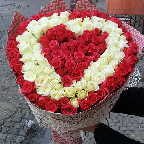 букет у вигляді серця у Львові фото