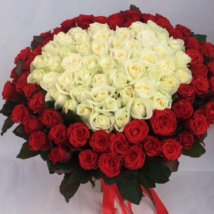 101 троянда у Львові