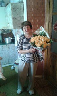 букет кремових троянд у Львові фото