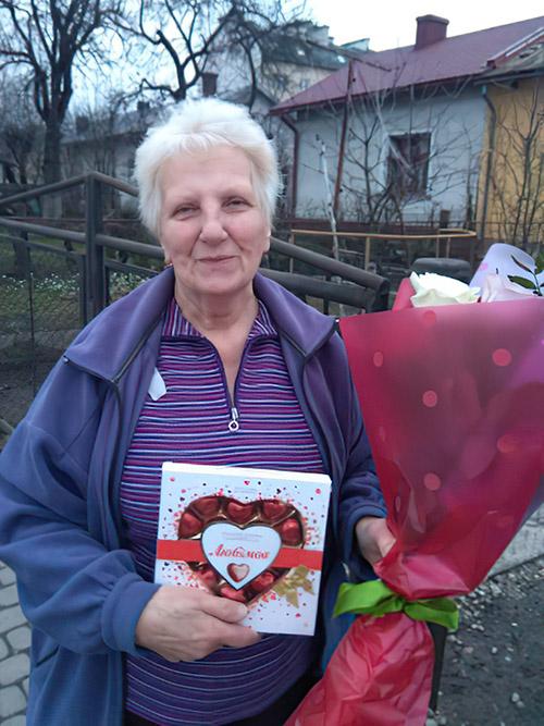квіти та цукерки у Львові фото
