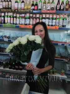 букет білих троянд фото