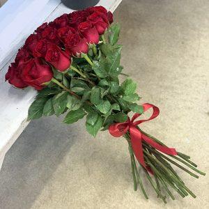15 імпортних троянд у Львові фото