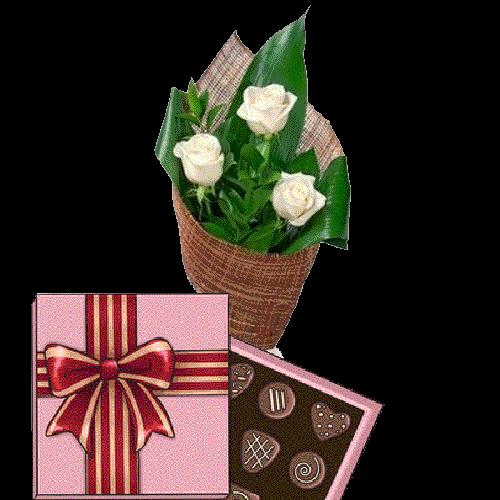 Фото товара 3 білі троянди з цукерками во Львове