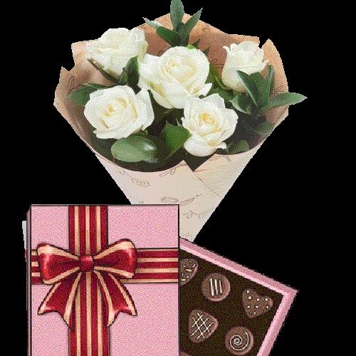 Фото товара 5 білих троянд із цукерками во Львове