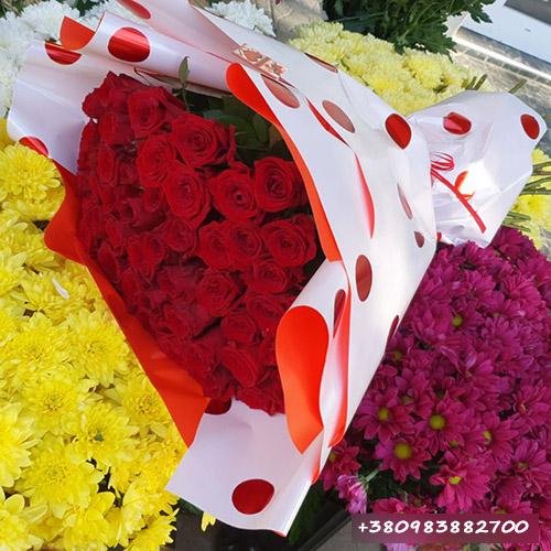 51 троянда у Львові фото букета
