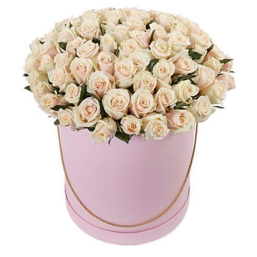 Фото товара 101 кремова троянда в капелюшній коробці во Львове