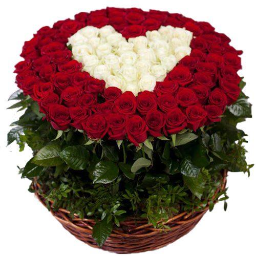 """Фото товара 101 троянда """"Серце в кошику"""" во Львове"""