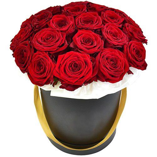 Фото товара 21 червона троянда в капелюшній коробці во Львове