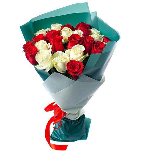 Фото товара 25 троянд червоних та білих во Львове