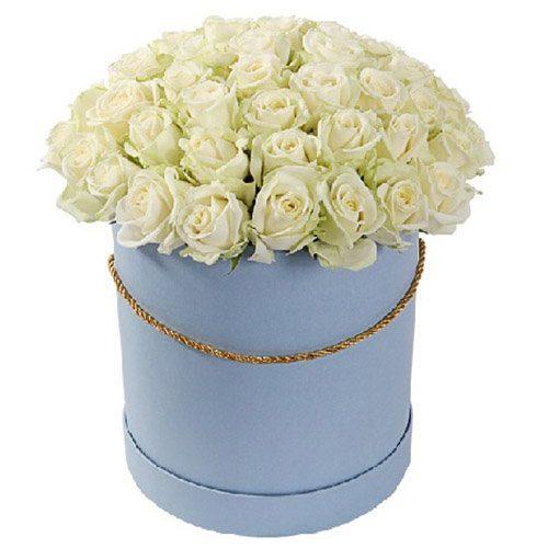 Фото товара 51 троянда біла в капелюшній коробці во Львове