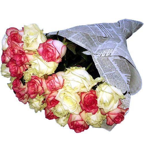 Фото товара 33 кремові та рожеві троянди во Львове