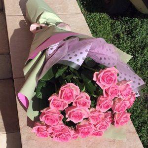 21 рожева троянда аква у Львові фото