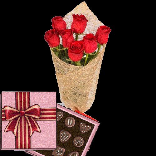 Фото товара 7 червоних троянд із цукерками во Львове