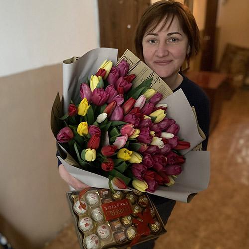 Фото товару 75 тюльпанів